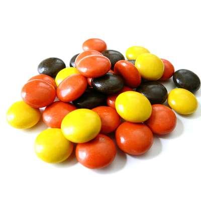 Шоколадное драже с арахисовой пастой в глазури Reese's pieces 43 гр, фото 5