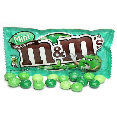Драже темный шоколад и мята M&M's Dark Mint 42 гр, фото 2