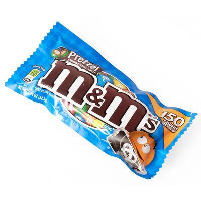 Драже молочный шоколад с крендельками M&M's Pretzel 32 гр, фото 1