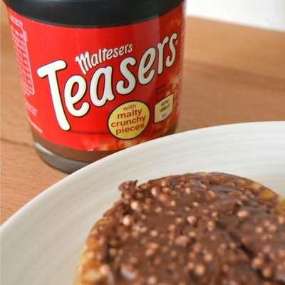 Шоколадная паста с кусочками печенья Maltesers Teasers Spread 200 гр, фото 2