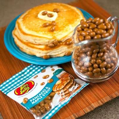 Конфеты вкус блины с кленовым сиропом Jelly Belly Pancakes & Maple Syrup 80 гр, фото 2