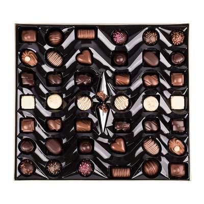 Премиальные шоколадные конфеты Large Luxury Belgian Chocolates Cachet 600 гр, фото 2