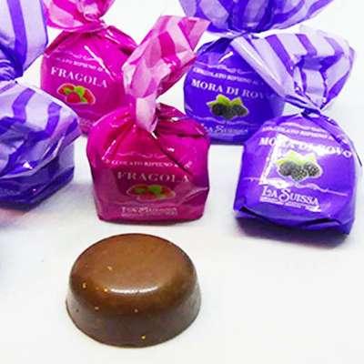 Шоколадные конфеты Шоколадный десерт Клубника Ежевика La Suissa 1 кг, фото 6
