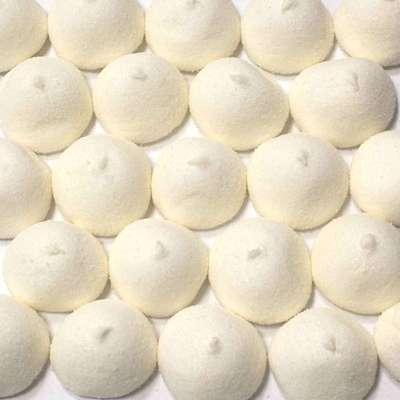 Суфле Мячики-гольф белые ваниль Fini 1 кг, фото 1