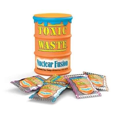 Очень кислые леденцы с двойным вкусом Nuclear Fusion Toxic Waste 42 гр, фото 1