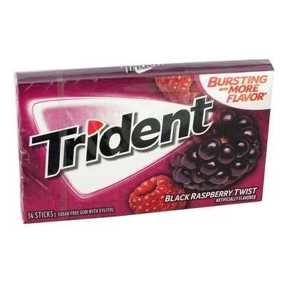 Жевательная резинка Ежевика Малина Black Raspberry Twist Trident 28 гр, фото 1