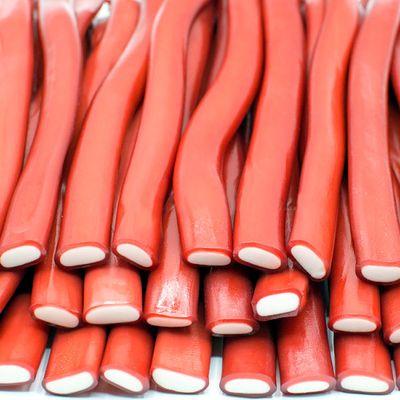 Жевательный мармелад Палочки гигантские Клубника Fini 100 гр, фото 1